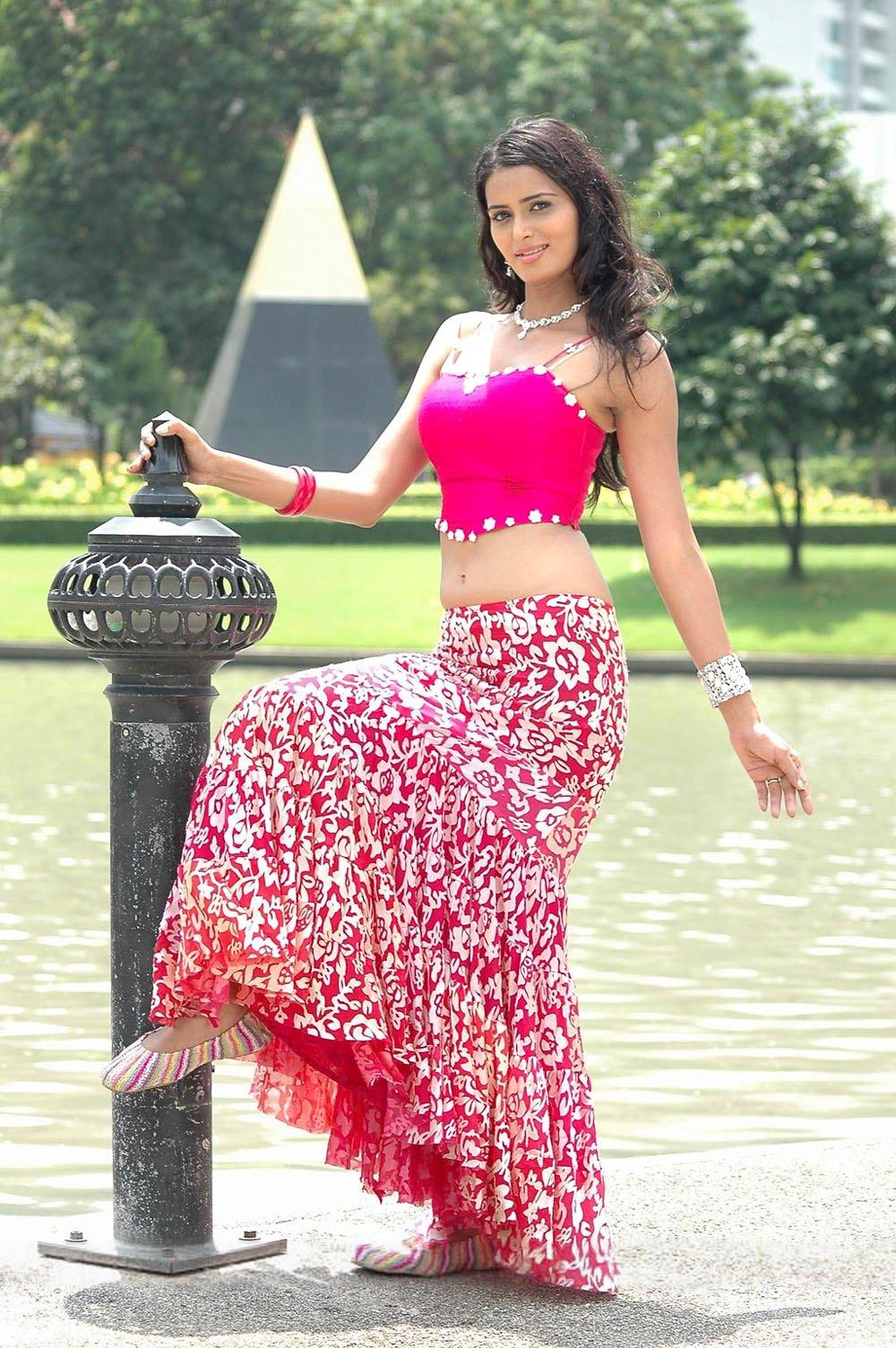Actress meenakshi dikshit hot photos actress photos galleries tollywood actress meenakshi dikshit hot high quality photos gallery123actressphotosgallery thecheapjerseys Images
