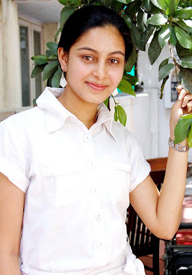 actress abhinaya photos gallery