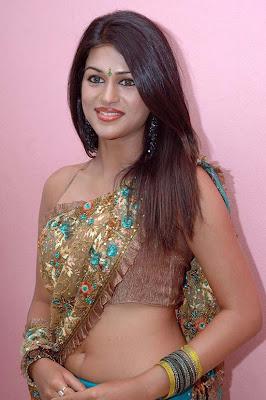actress hot saree navel show