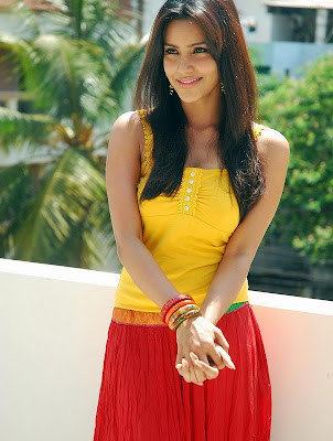 tollywood hot actress priya anand latest photo stills in sleeveless top