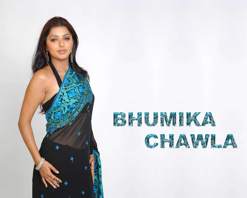 Actress Bhoomika Chawla Hot Saree Wallpaper Photos hot images
