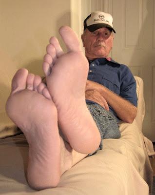 footfetish older male escorts