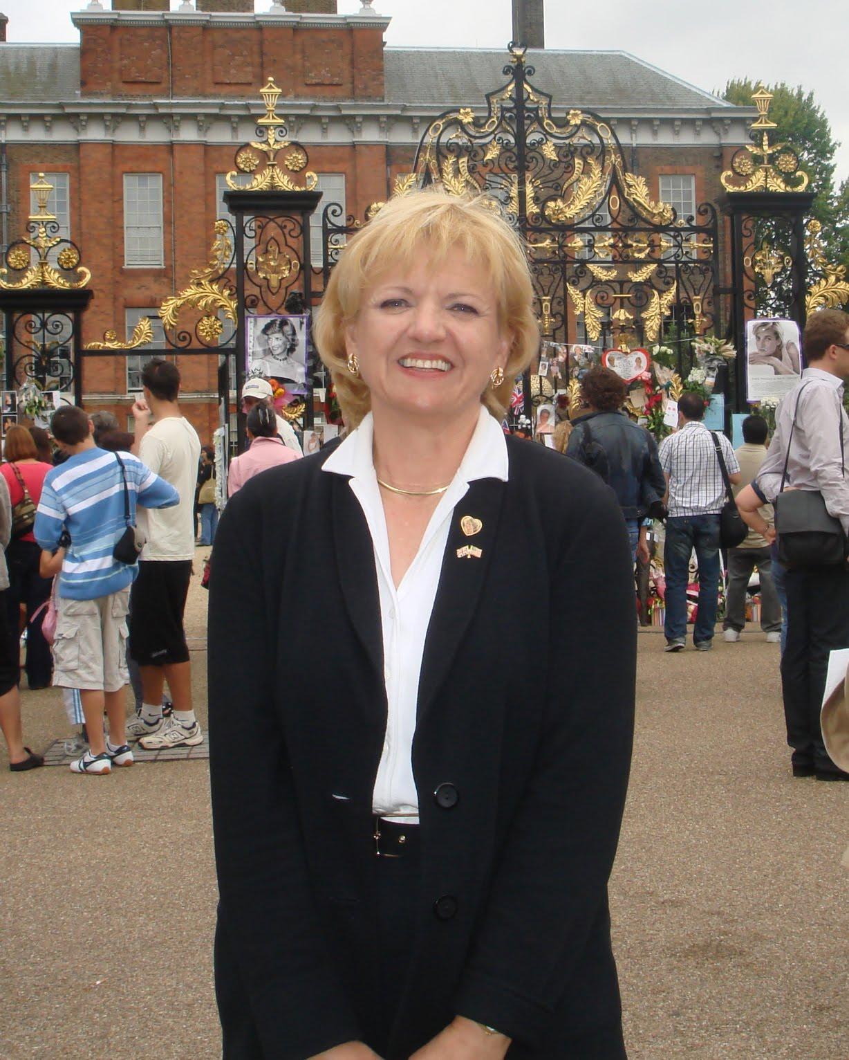 Caroline Davenport