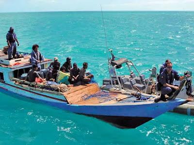 http://2.bp.blogspot.com/_8lXoPc5SnCE/SClEQDd-xzI/AAAAAAAACB4/WORqo_ToFSk/s400/nelayan-indonesia2.jpg