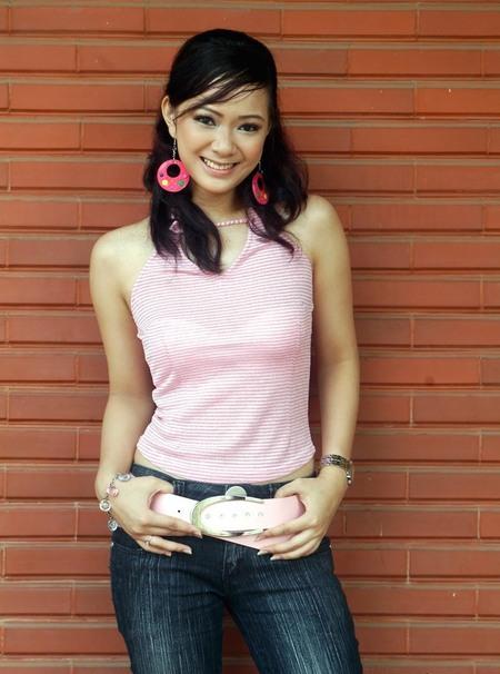 yuanita christiani sexy bugil artis indonesia hot