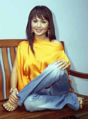Yuni Shara Indonesian Senior Female Singer