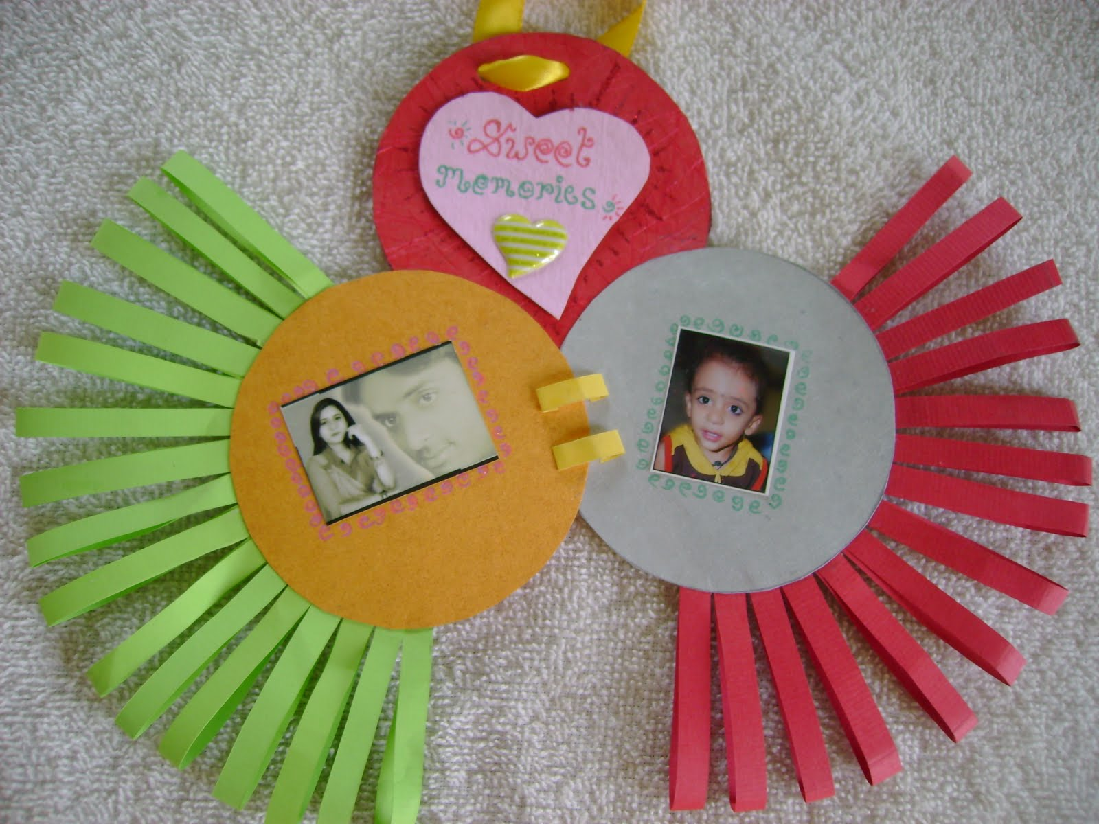 Creative Hands: Colourful frame for kids
