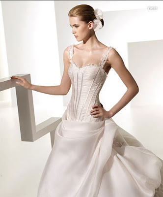 Valentino wedding dresses 2011