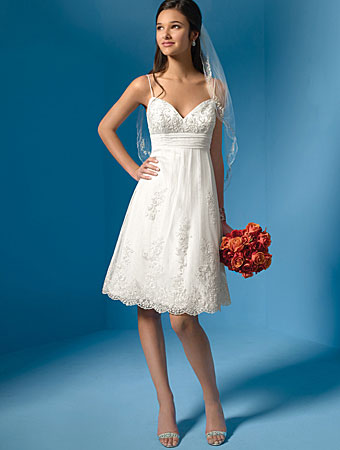 Vestidos de novia cortos para la iglesia