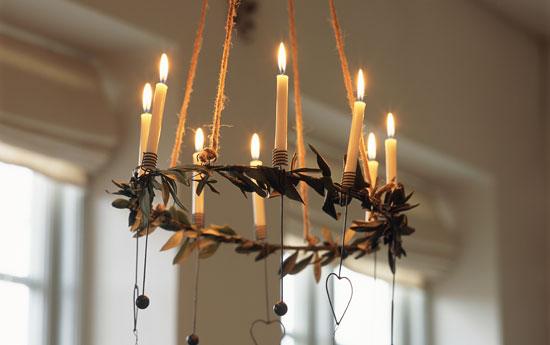 Web de la navidad iluminaci n para navidad en casa for Decoracion del hogar con velas