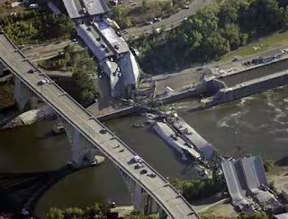 New 35W Bridge Nearing Completion in Minneapolis Minnesota