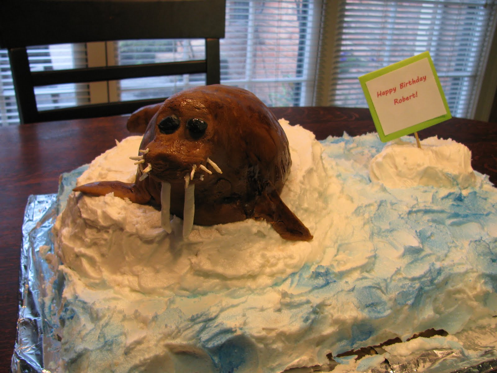 The Alligator Box : The Walrus Birthday Cake