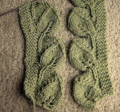 How To Knit A Leaf Pattern : KNITTED LEAVES PATTERN 1000 Free Patterns