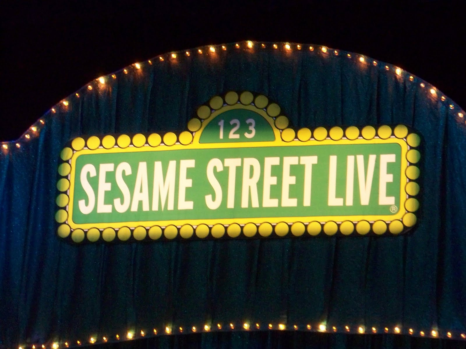 "mommy23miracles: ""Sesame Street Live: Elmo Grows Up!"" or ..."