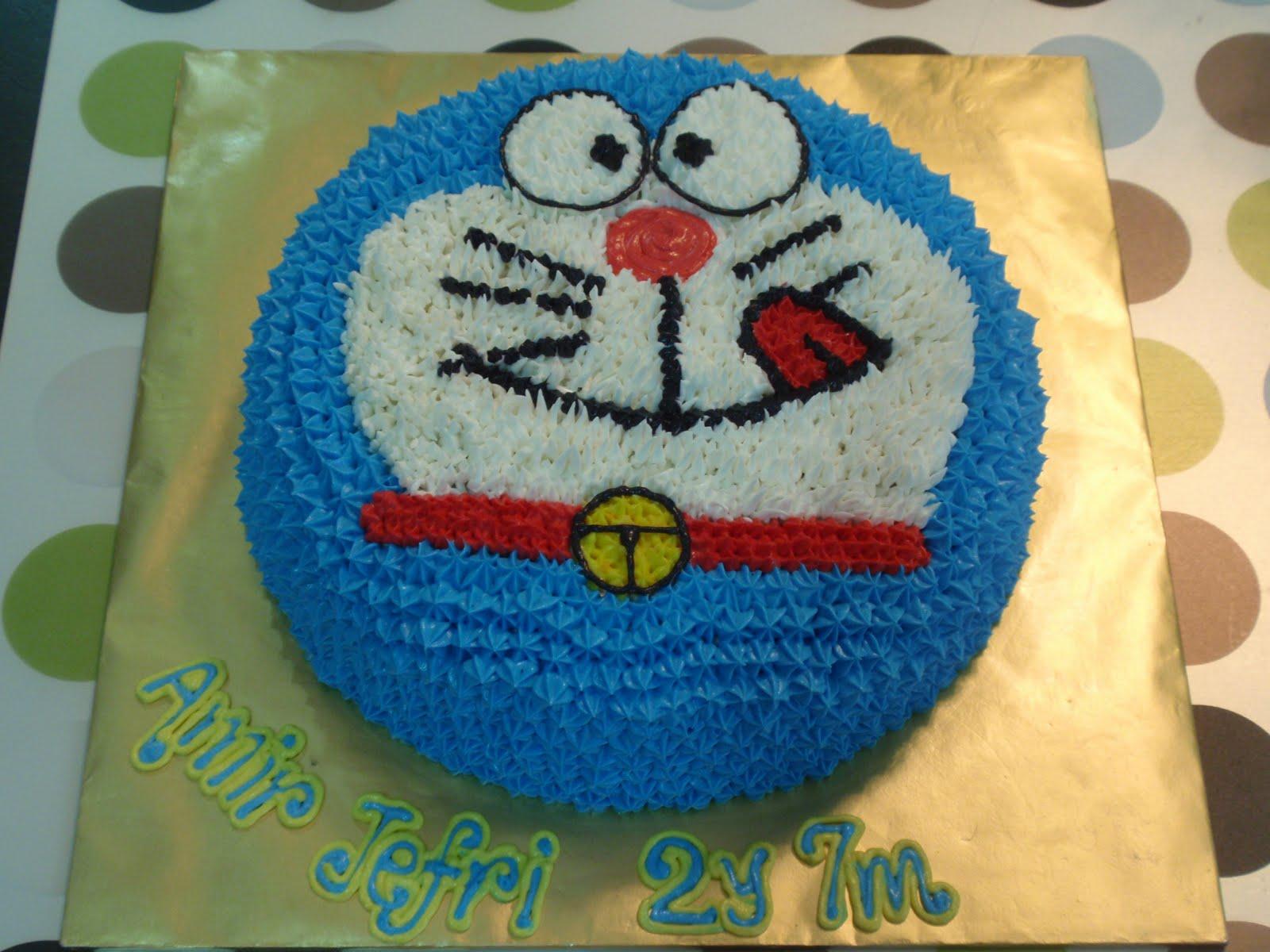 Doraemon Cake Design : Doraemon Cake