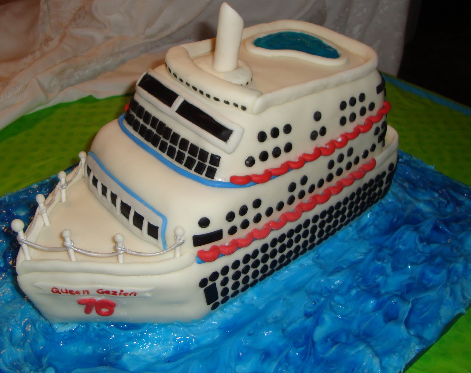 Brighams Cake House Cruise Ship - Cruise ship cake