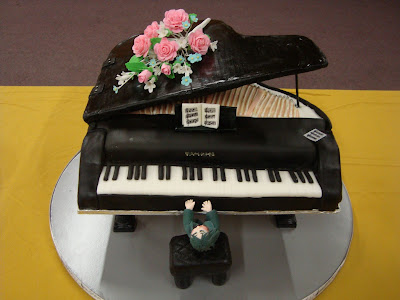 Brigham's Cake House: Grand Piano Cake (Black & White)