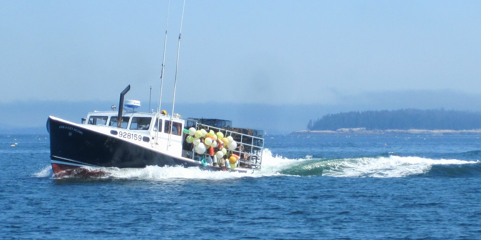 Pecan Travellog: Notes on Maine - Lobster buoys