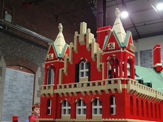 Réplicas: Miniaturas e maquetes feitas com Lego