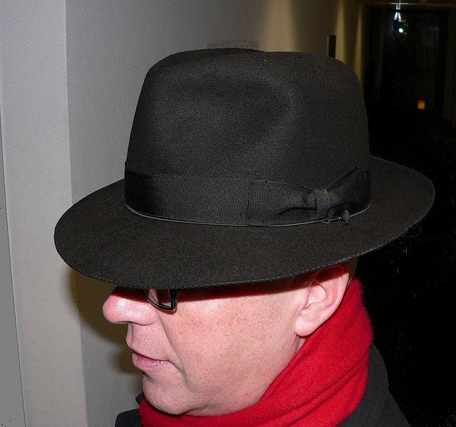Se trata de un sombrero hecho de fieltro suave 61b30e0dd2a
