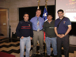 Scott Hill instructor de Texas junto a Bomberos de Colbun
