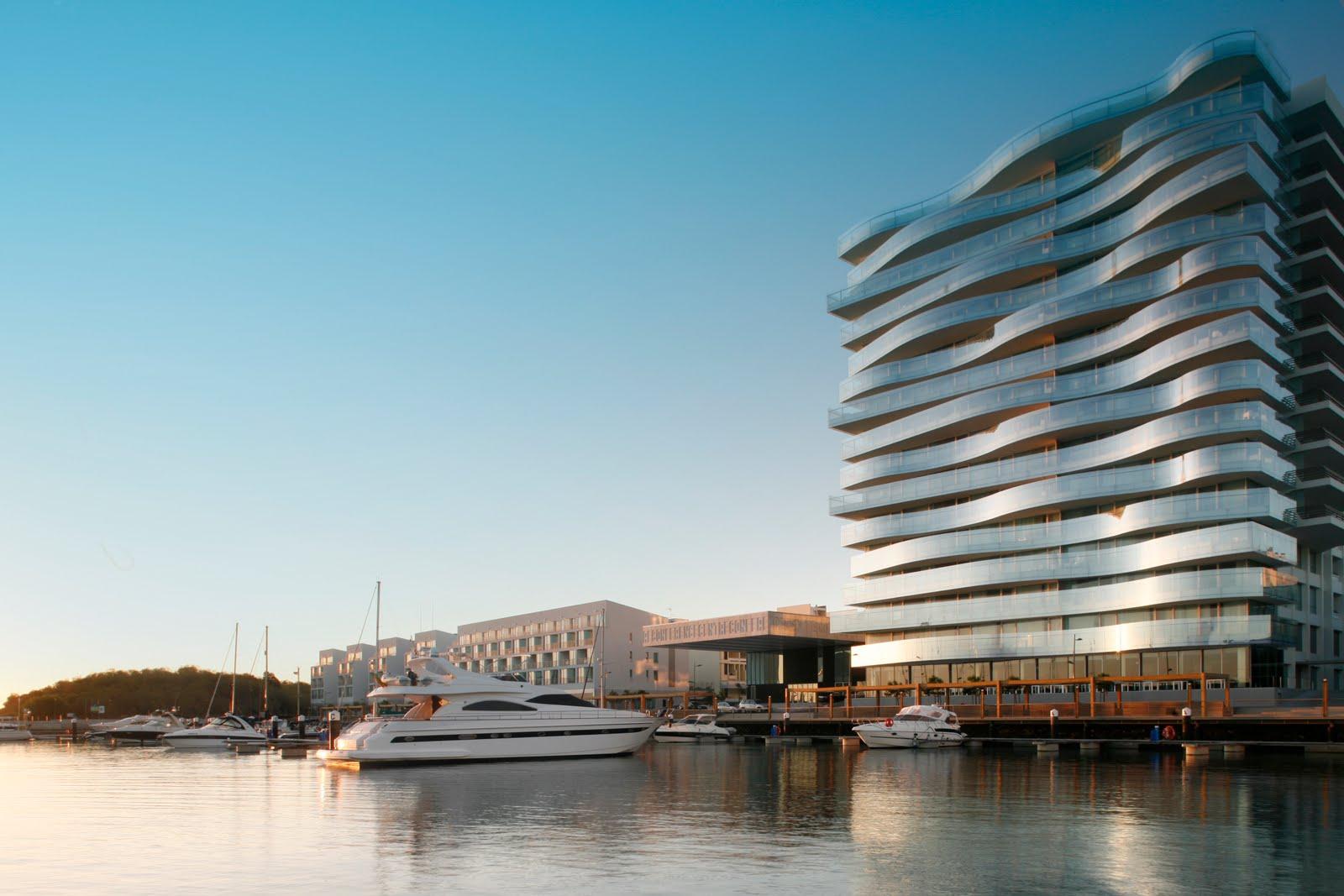 Tr ia design hotel preto marfim for Design hotel troia
