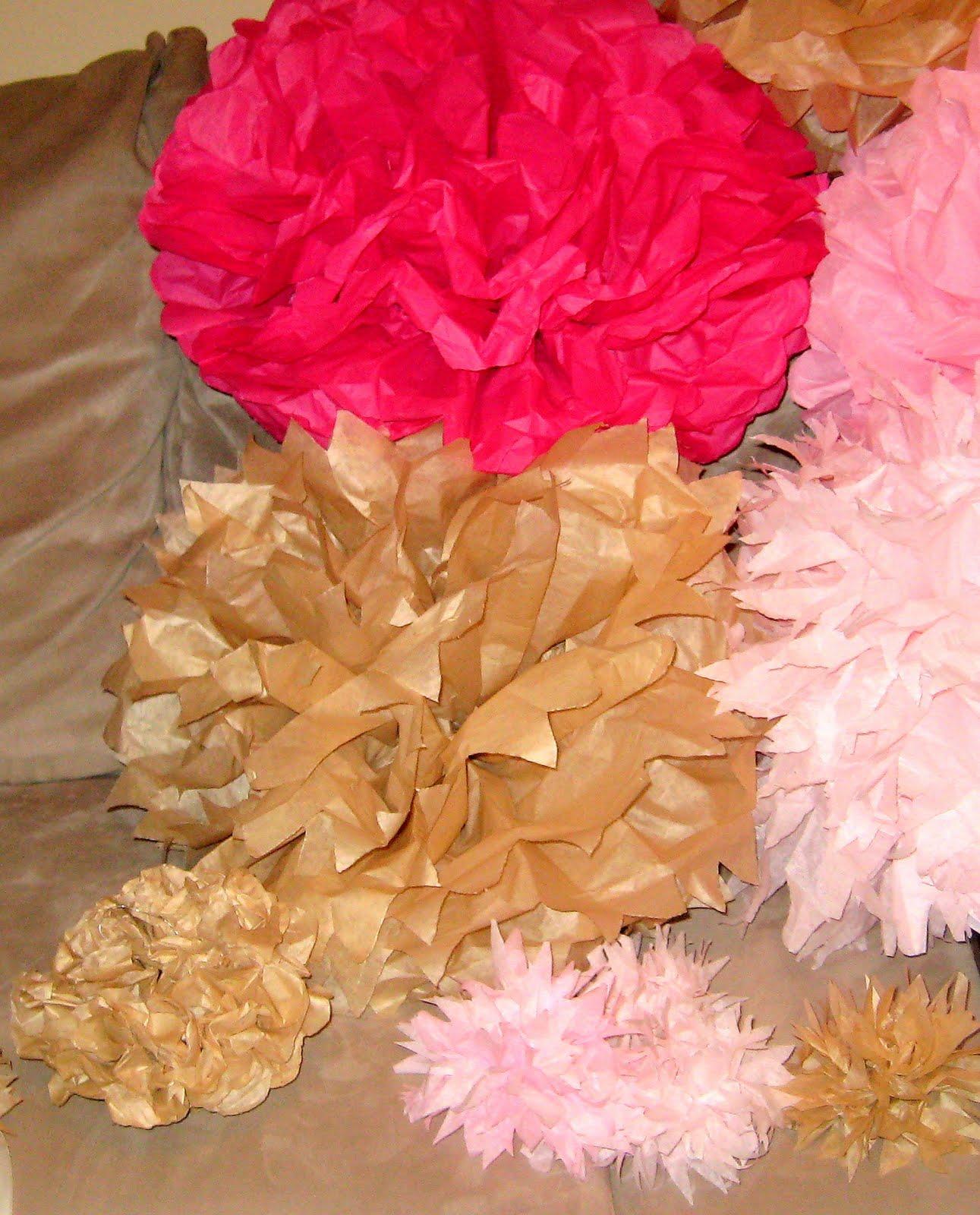 Craft 33 Tissue Paper Balls Craft