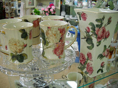 Rose Mugs and matching Vase