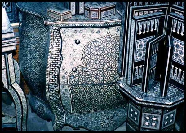 Arabisc interior design and furniture