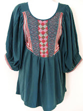 A 1153 - Hobo embroidery top (green)