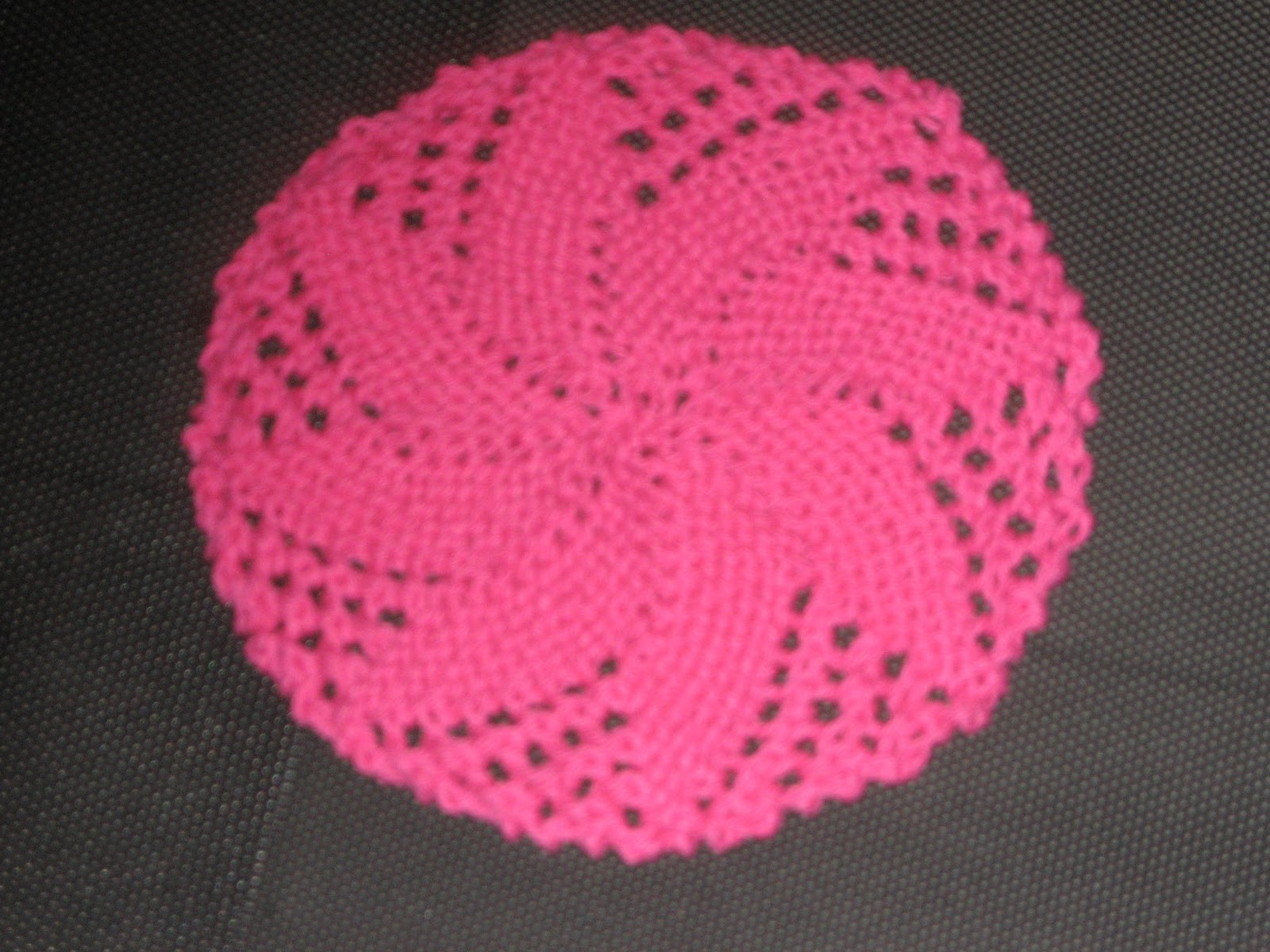 Free Knitted Round Dishcloth Patterns : Diana natters on... about machine knitting: Gift Idea - Flower Dishcloth to H...