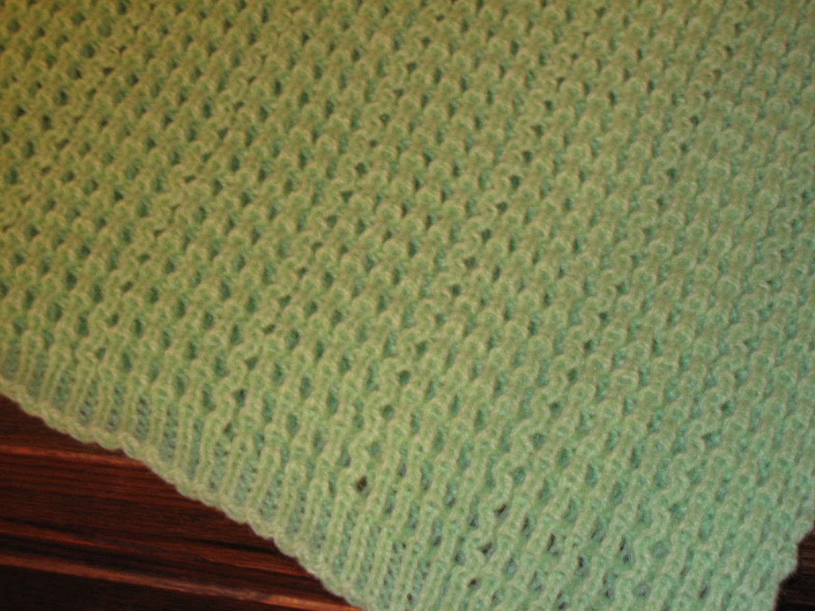 Knitting Stitches And Patterns Diana Biggs : Diana natters on... about machine knitting: New Crib-Sized Afghan