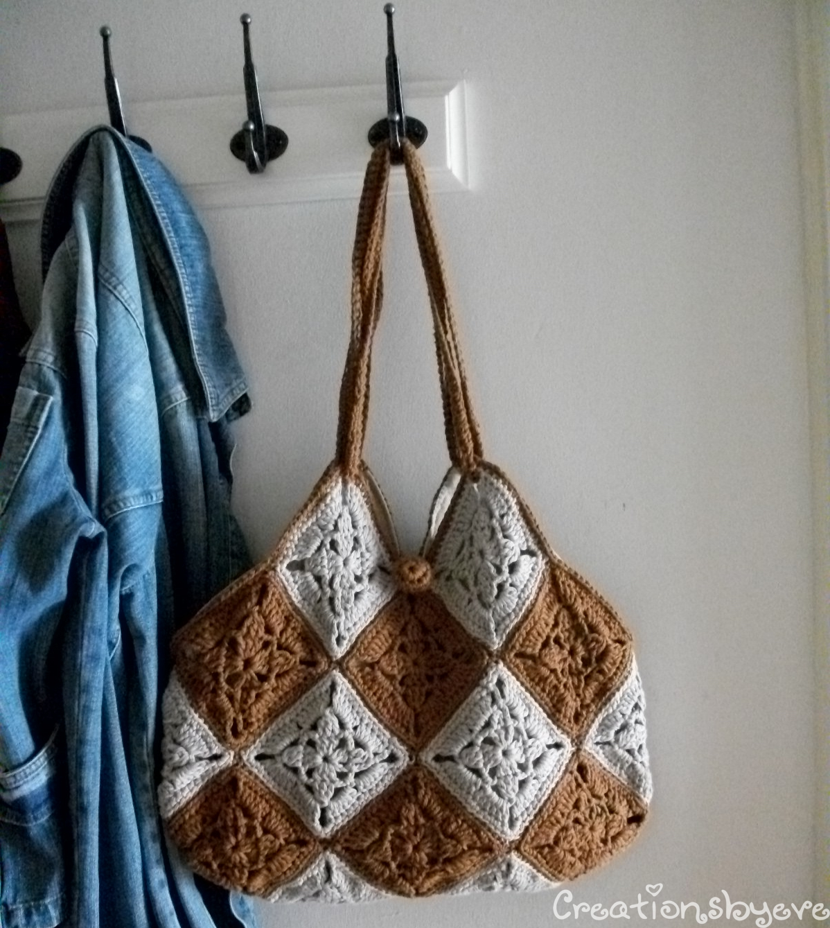 Crochet Granny Square Hobo Bag Pattern : creationsbyeve-eng: Granny squares-the trendy take