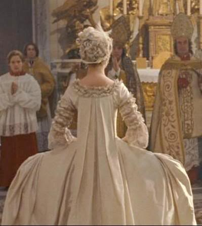 The ethereal bride inspiration and style for your trip for Marie antoinette wedding dress