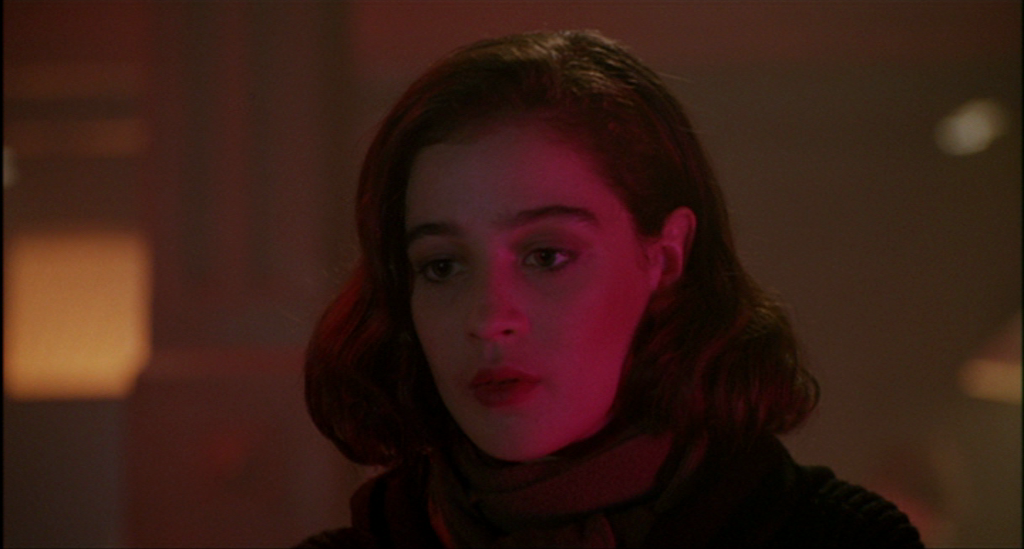 and Donna visit The Pink Room in TWIN PEAKS FIRE WALK WITH ME (1992 ...