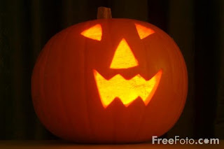 Free Portly Pumpkin Halloween Wallpaper
