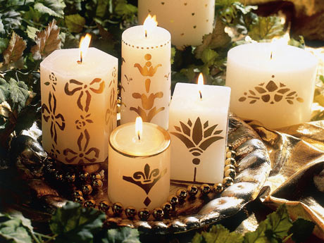 Mil ideias de decora o ideias para arranjos de natal com - Como decorar velas ...