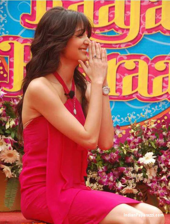 anushka sharma hot scene in band baaja baaraat. tattoo Band Baaja Baraat Movie