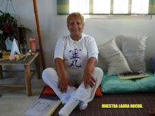 Maestra Laura Rocha