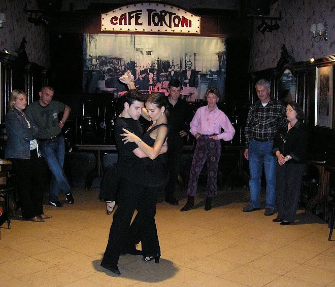 Clase en el Café Tortoni