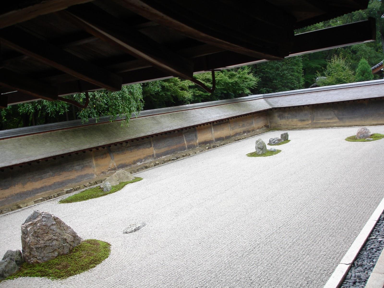 Un jard n zen en jap n vuelo directo for Arena para jardin zen