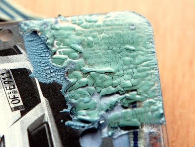 how to use crackle acrylic paint