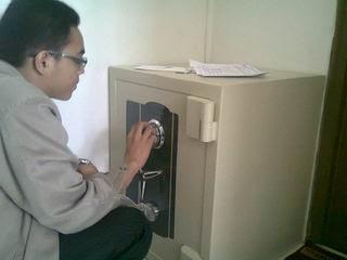 Seting Kode brankas New Cartenz di PPA Darul Quran Bogor