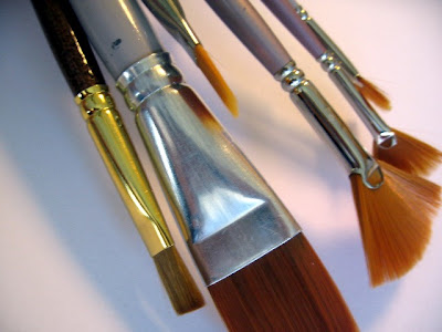 image of paintbrushes lizardo art