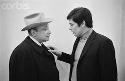 ژان پیر ملویل (چپ) و آلن دلون سر سحنه سامورایی