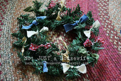 4 My 5 minute $1 Christmas Wreath