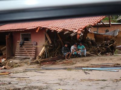 tragedia, nova-friburgo, regiao-serrana, teresopolis, petropolis, calamidade-publica, doaçoes-para-regiao-serrana