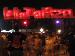 Glowing Lollapalooza sign at Lollapalooza 2008