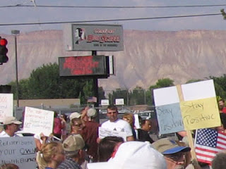 Protesters square off at President Obama's town hall meeting in Grand Junction, Colorado
