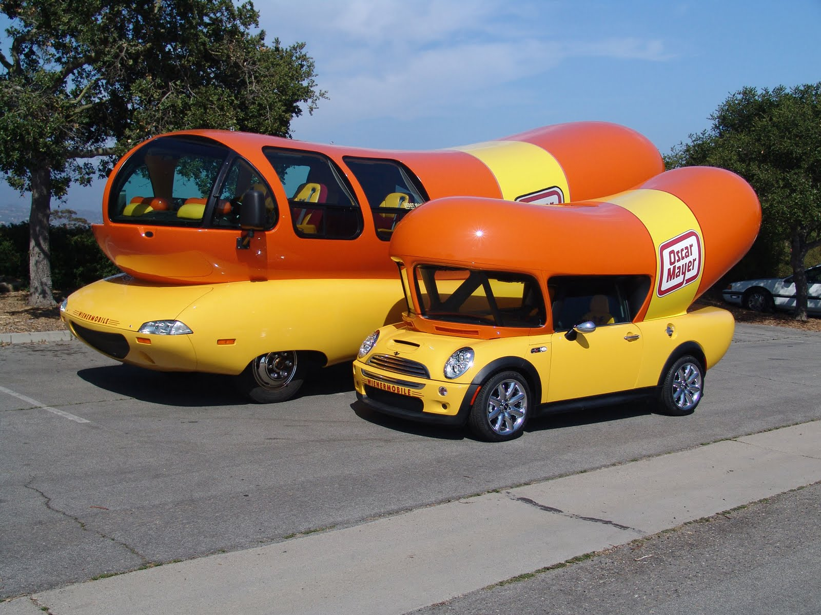 Poisoned Shoes Japan Murder Attempt n 2971628 as well Wienermobile additionally Auto Biografia in addition Creepy vintage further Wienermobile. on oscar mayer weiner car